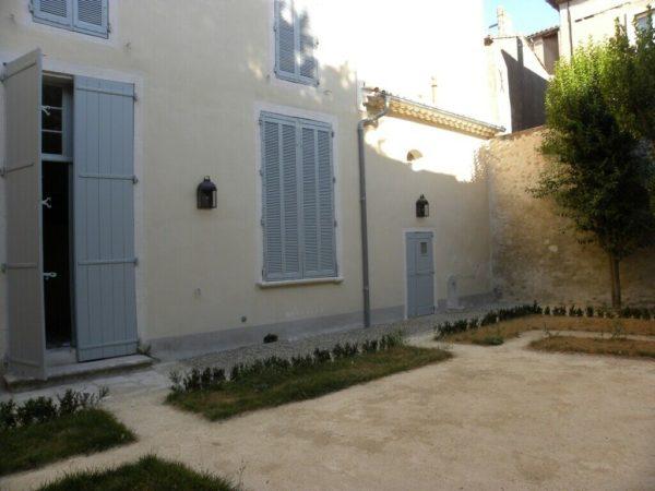 """petite lanterne murale en fer forgé """"chaumont"""""""