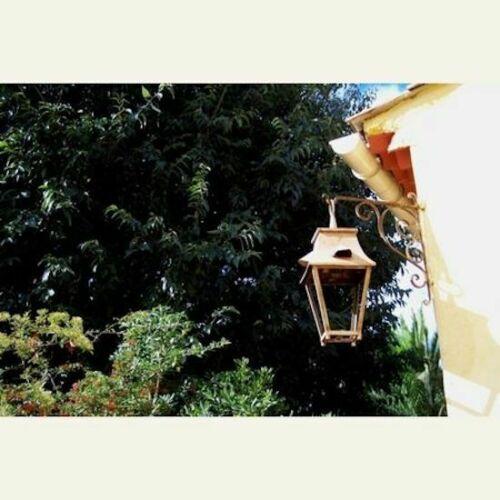 """Lanterne à suspendre en fer forge modèle """"SAUMUR"""""""