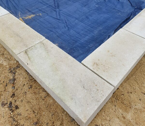 custom-made old or new natural stone copings