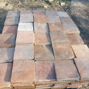 lot of 20 m² floor tiles in 22 by 22 Cm