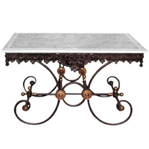 TB2 - Table de Boucher Dimensions: L1300 x h750 x l 800