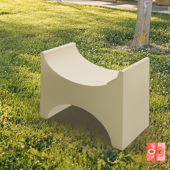 Natural stone bench created by Barbara Pés X the stone of yesteryear