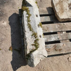 Supports or Window lintel